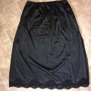 VTG Adonna Black maxi slip skirt 1X